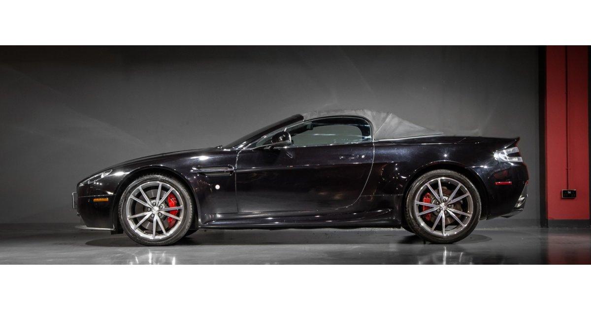 aston martin v8 vantage roadster for sale aed 309 000 black 2014. Black Bedroom Furniture Sets. Home Design Ideas