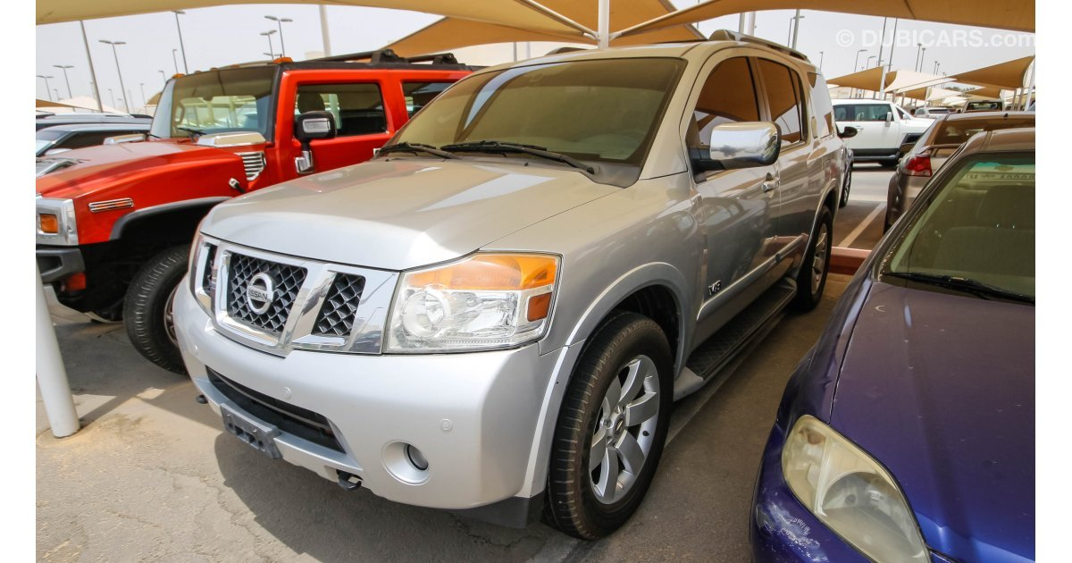 nissan armada le for sale aed 32 000 grey silver 2009. Black Bedroom Furniture Sets. Home Design Ideas