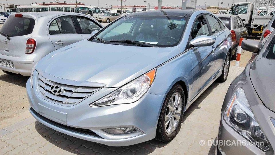 Hyundai Sonata For Sale Aed 27 000 Grey Silver 2013