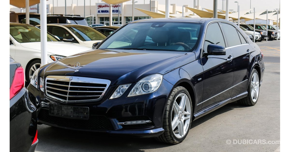 Mercedes benz e 350 for sale aed 68 000 blue 2012 for Used mercedes benz e350 for sale
