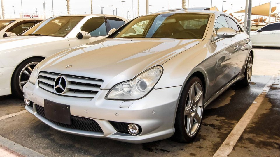 mercedes benz cls 500 with cls 550 amg body kit imported. Black Bedroom Furniture Sets. Home Design Ideas