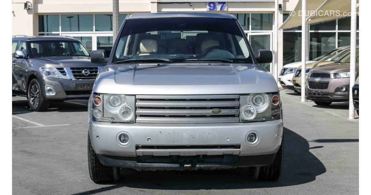 land rover range rover hse for sale aed 11 000 grey silver 2004. Black Bedroom Furniture Sets. Home Design Ideas