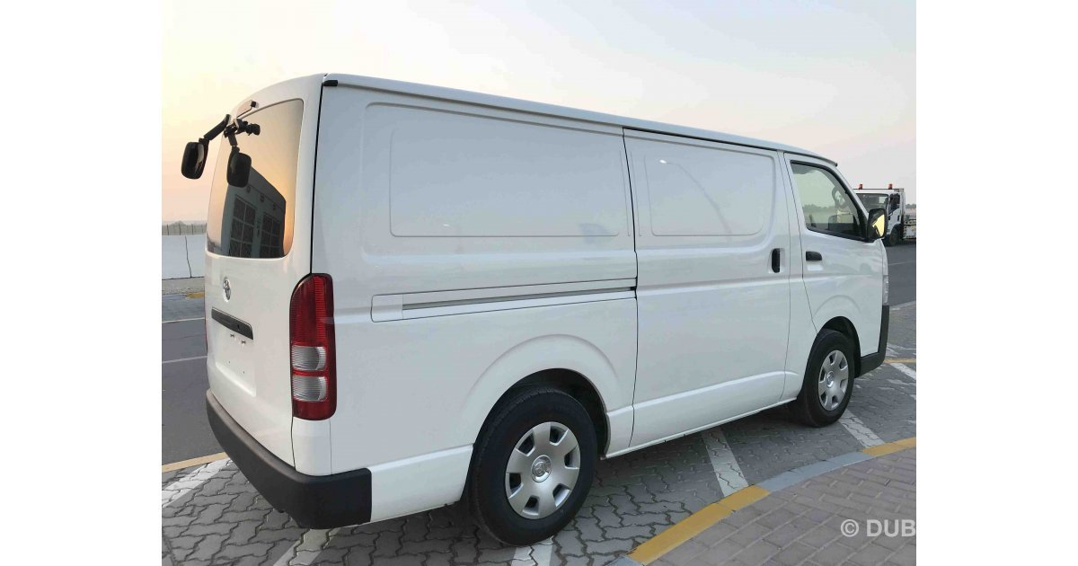 Toyota Hiace For Sale Aed 53 000 White 2015