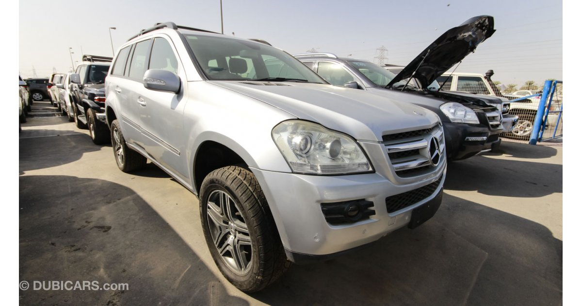 Mercedes benz gl 320 cdi 4matic diesel right hand drive for Mercedes benz gl diesel for sale