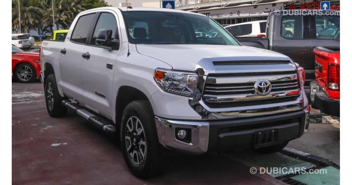 toyota tundra sr5 trd crewmax for sale aed 165 999 white 2017. Black Bedroom Furniture Sets. Home Design Ideas