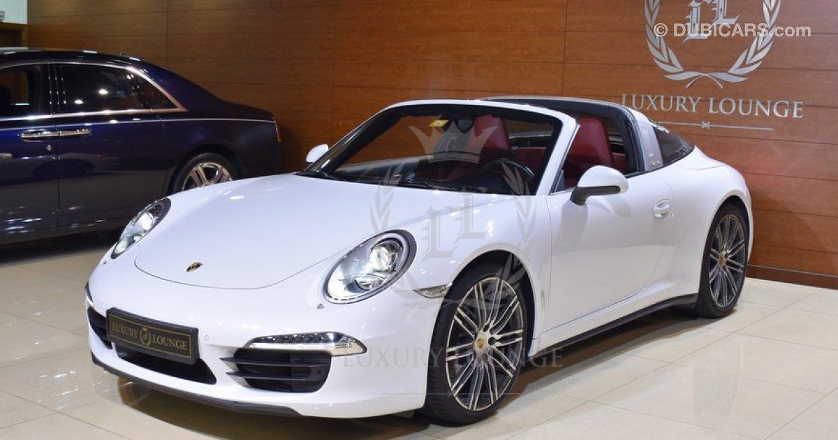 porsche 911 targa 4 for sale aed 380 000 white 2015. Black Bedroom Furniture Sets. Home Design Ideas