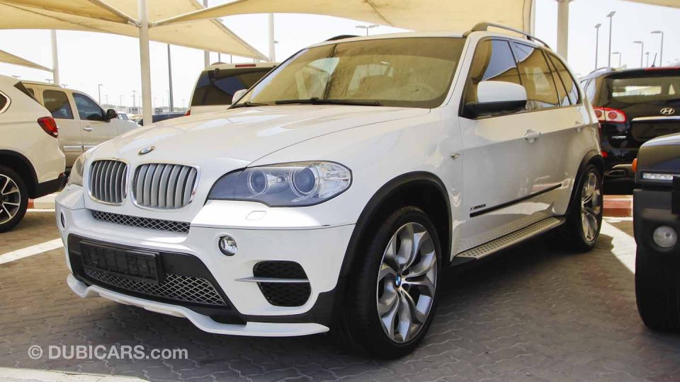 bmw x5 xdrive 50i for sale aed 50 000 white 2012. Black Bedroom Furniture Sets. Home Design Ideas
