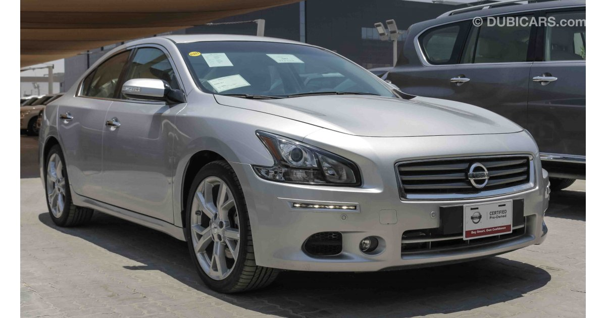 nissan maxima for sale aed 86 900 grey silver 2015. Black Bedroom Furniture Sets. Home Design Ideas