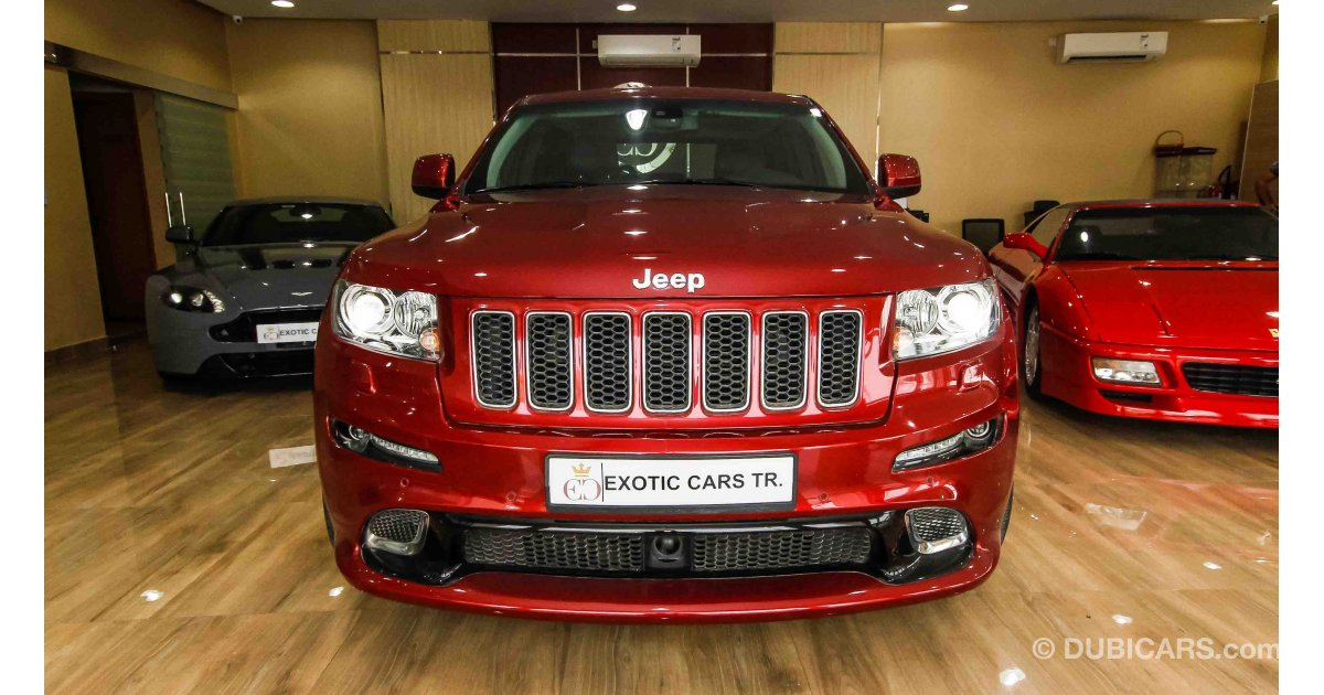 jeep grand cherokee srt8 gcc warranty for sale aed 115 000 red 2013. Black Bedroom Furniture Sets. Home Design Ideas