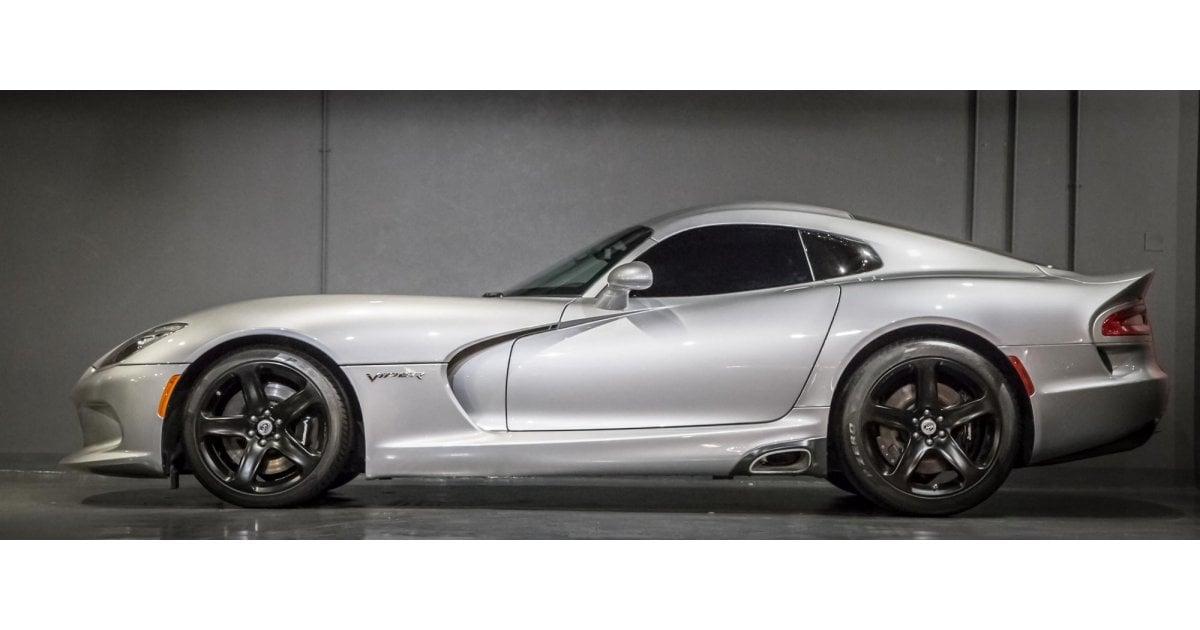 Dodge Viper Used >> Dodge Viper SRT - Under Warranty for sale: AED 359,000. Grey/Silver, 2016