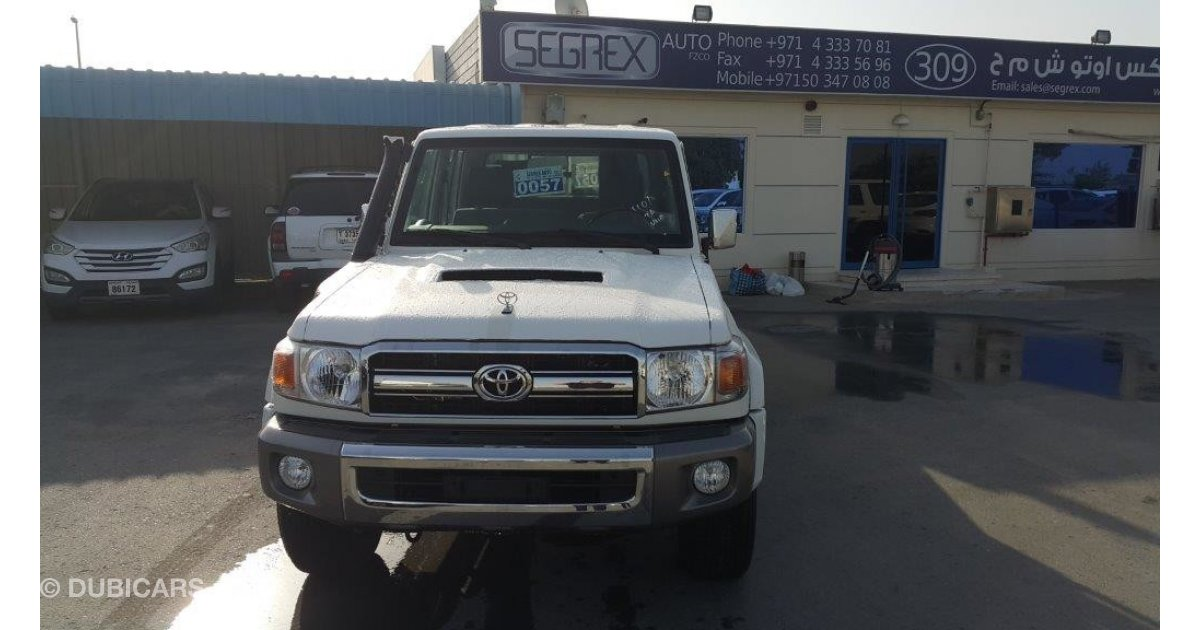 Toyota Land Cruiser Pickup 4 5 Diesel Double Cabin For