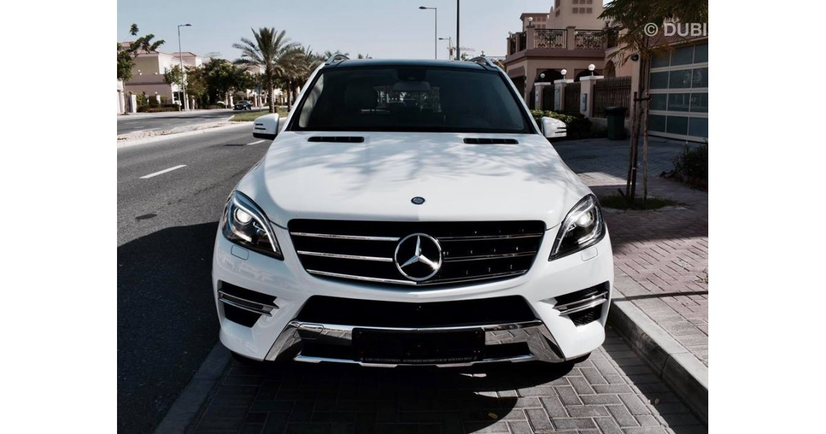 Mercedes benz ml 400 sport for sale aed 159 000 white 2015 for Mercedes benz service contract cost
