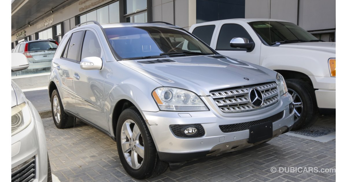 Mercedes benz ml 500 for sale aed 43 000 grey silver 2006 for Mercedes benz ml 2006 for sale