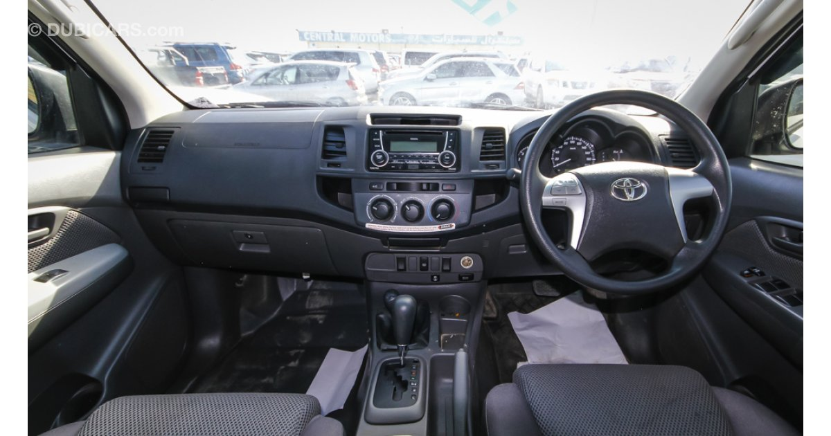 toyota hilux 3 0 d4d diesel right hand drive export only for sale aed 55 000 white 2012. Black Bedroom Furniture Sets. Home Design Ideas