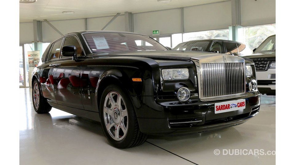 rolls royce phantom for sale aed 589 000 black 2012. Black Bedroom Furniture Sets. Home Design Ideas